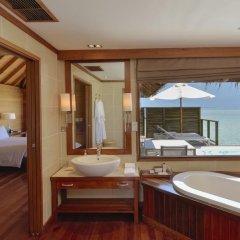 Отель Conrad Maldives Rangali Island 5* Улучшенная вилла с различными типами кроватей фото 6
