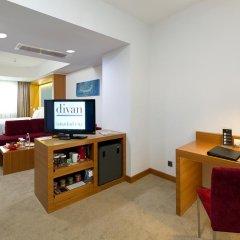 Отель Divan Istanbul City 4* Улучшенный номер с различными типами кроватей фото 2