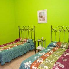 Отель Hostal Restaurante Reina Стандартный номер двуспальная кровать фото 5