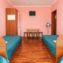 Гостиница Вояж-Бутово Стандартный семейный номер с двуспальной кроватью фото 5