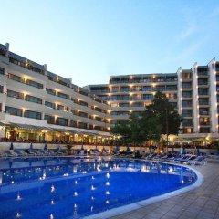 Отель Edelweiss- Half Board Болгария, Золотые пески - отзывы, цены и фото номеров - забронировать отель Edelweiss- Half Board онлайн бассейн