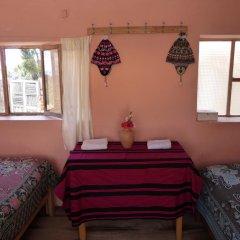 Отель Casa Inti Lodge Стандартный номер с различными типами кроватей (общая ванная комната) фото 11