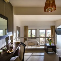 Отель Happy Cretan Suites в номере