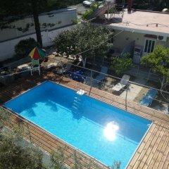 Creta Hostel бассейн