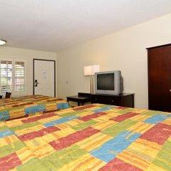 Отель Rodeway Inn Convention Center 2* Стандартный номер с 2 отдельными кроватями фото 5