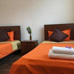 Отель Family & Friends Guest house комната для гостей фото 4