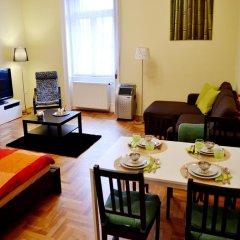Отель Caesar Apartman комната для гостей фото 2