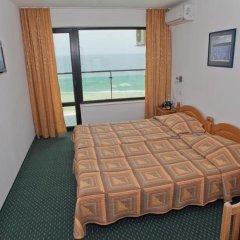 Отель Slavyanski 3* Стандартный семейный номер с двуспальной кроватью фото 9