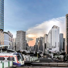 Отель Pullman Bangkok Grande Sukhumvit городской автобус