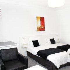 Отель Hôtel Satellite Улучшенный номер с 2 отдельными кроватями фото 5