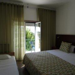 Hotel Louro 3* Улучшенный номер двуспальная кровать фото 7