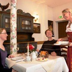 Отель Hahn Hotel Германия, Мюнхен - 3 отзыва об отеле, цены и фото номеров - забронировать отель Hahn Hotel онлайн питание фото 3
