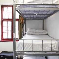 PubLove @ The Steam Engine - Hostel Кровать в общем номере с двухъярусной кроватью фото 7