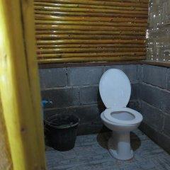 Отель Easy Huts Ланта ванная