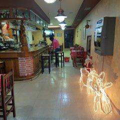 Отель Ave Del Mar Камариньяс гостиничный бар