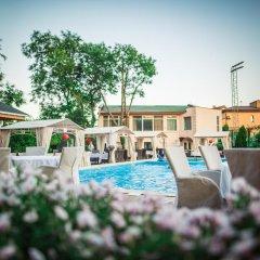 Гостиница Аркадия Плаза Украина, Одесса - 3 отзыва об отеле, цены и фото номеров - забронировать гостиницу Аркадия Плаза онлайн бассейн фото 2
