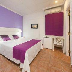 Отель Hostal Adelino Улучшенный номер с различными типами кроватей фото 6