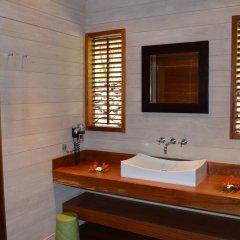 Отель Villa Honu by Tahiti Homes Французская Полинезия, Муреа - отзывы, цены и фото номеров - забронировать отель Villa Honu by Tahiti Homes онлайн ванная