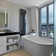 Отель W Paris - Opera 5* Стандартный номер с различными типами кроватей фото 4