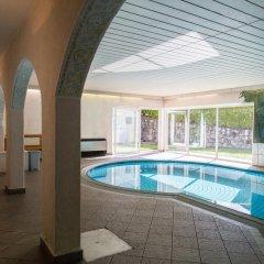 Отель Residence Krone Сцена бассейн