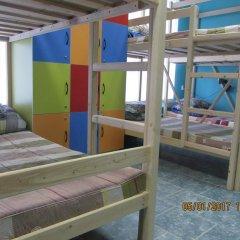 Hostel Laim Кровать в мужском общем номере с двухъярусной кроватью