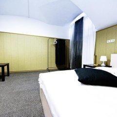 Abazhur Hostel Санкт-Петербург комната для гостей фото 3