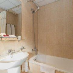 Отель Regio Испания, Торрелавега - отзывы, цены и фото номеров - забронировать отель Regio онлайн ванная