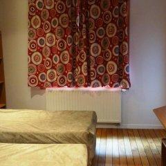 Sleep Well Youth Hostel Улучшенный номер с 2 отдельными кроватями фото 2