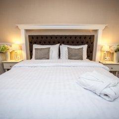 Queen's Court Hotel &Residence 5* Люкс с различными типами кроватей фото 10