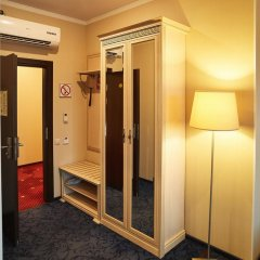 Гостиница Европа Полулюкс с различными типами кроватей фото 12