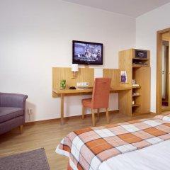 Clarion Collection Hotel Wellington 4* Улучшенный номер с двуспальной кроватью фото 14