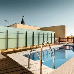 Отель Sercotel Asta Regia Jerez Испания, Херес-де-ла-Фронтера - 2 отзыва об отеле, цены и фото номеров - забронировать отель Sercotel Asta Regia Jerez онлайн бассейн фото 2