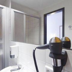 McDreams Hotel Leipzig 2* Номер категории Эконом с различными типами кроватей фото 9