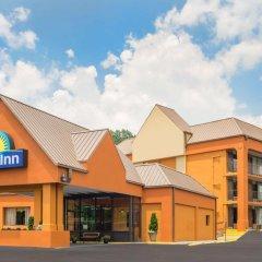 Отель Days Inn by Wyndham Knoxville East 3* Стандартный номер с различными типами кроватей фото 2