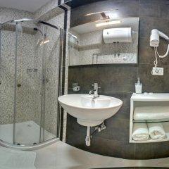 Hotel Oresti Center 3* Стандартный номер с различными типами кроватей фото 11
