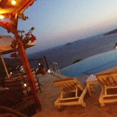 Villa Valo Турция, Калкан - отзывы, цены и фото номеров - забронировать отель Villa Valo онлайн бассейн фото 2