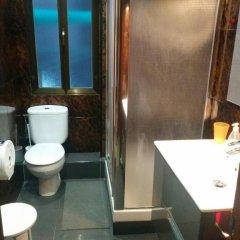 Отель Pension Angelines Испания, Сантандер - отзывы, цены и фото номеров - забронировать отель Pension Angelines онлайн ванная фото 2