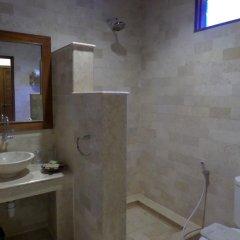 Bukit Daun Hotel and Resort ванная фото 2