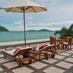 Отель Raya Beachloft пляж