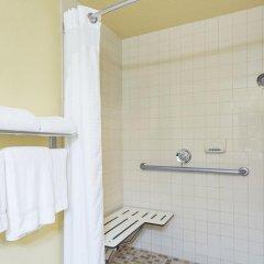 Отель Holiday Inn Express & Suites Sarasota East 2* Стандартный номер с различными типами кроватей фото 3