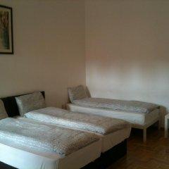 Апартаменты Caterina Private Rooms and Apartments Стандартный номер с различными типами кроватей (общая ванная комната) фото 7