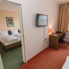 Hotel Astra 3* Стандартный номер с двуспальной кроватью фото 3