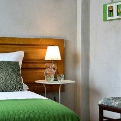 Отель Mercearia d'Alegria Boutique B&B Улучшенный номер двуспальная кровать фото 4