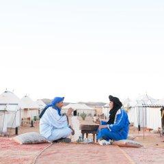 Отель Desert Luxury Camp Марокко, Мерзуга - отзывы, цены и фото номеров - забронировать отель Desert Luxury Camp онлайн фитнесс-зал фото 2
