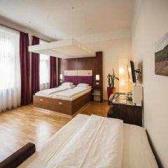 Hotel Rathaus - Wein & Design 4* Стандартный семейный номер с различными типами кроватей
