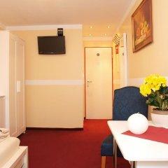 Отель Pension Siddiqi 2* Стандартный номер с различными типами кроватей фото 3