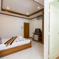 Отель Magnific Guesthouse Patong 3* Стандартный номер с разными типами кроватей фото 6