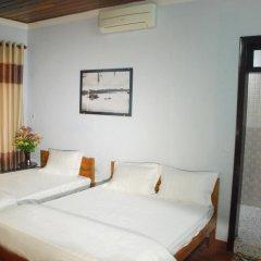Отель Lam Chau Homestay Стандартный номер с различными типами кроватей фото 2