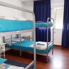 Отель Albergue Pension Flavia Кровать в общем номере фото 5