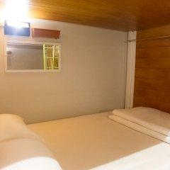 Отель Glur Bangkok Кровать в общем номере двухъярусные кровати фото 21
